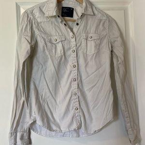 3 / $30! ♡ American Eagle 100% Cotton Button Down